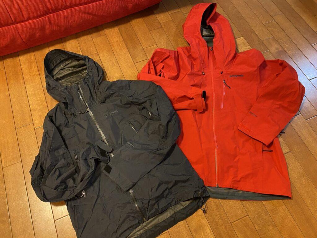 ブラック「スーパーセルジャケット」赤「カルサイトジャケット」